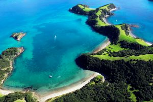 01Jun2015070600bay of islands1.jpg