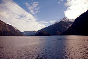 01Jun2015090653doubtful sound1.jpg