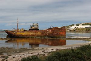 07Jun2015040633Chatham Is Port Hutt Shipwreck.jpg