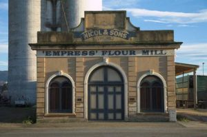 20Jul2016070719Waimate Emress Flour Mill.jpg